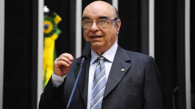 Ala tucana quer trocar relator de denúncia contra Temer