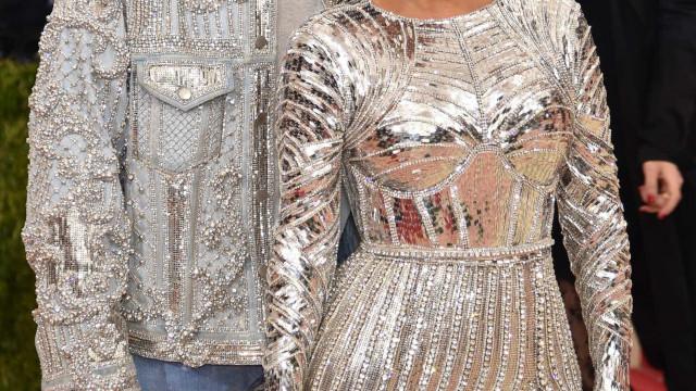 Kanye West também dá conselhos de estilo a Kim Kardashian