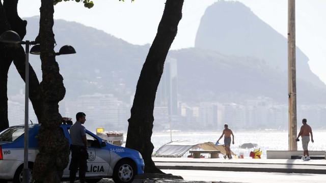PM cancela férias de 2 mil policiais para trabalho no Réveillon no Rio