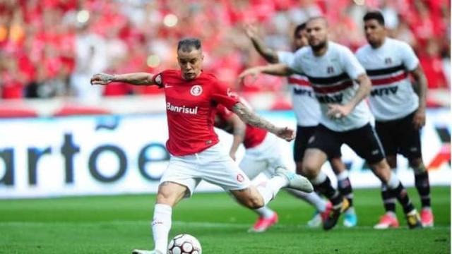 D'Alessandro faz 2, Inter bate Santa Cruz e abre 6 pontos de vice-líder