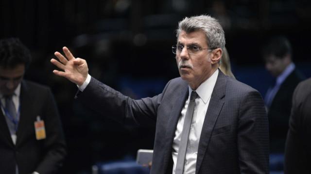 Jucá culpa 'disputa política' por expiração da MP trabalhista