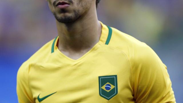 Rodrigo Caio é convocado para a seleção na vaga de Thiago Silva