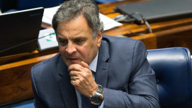PF diz que Aécio Neves tinha bloqueador de telefone ilegal em casa