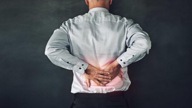 5 problemas de saúde que se confundem com uma 'simples' dor nas costas