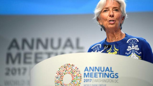 Avião com Christine Lagarde faz pouso de emergência em Buenos Aires