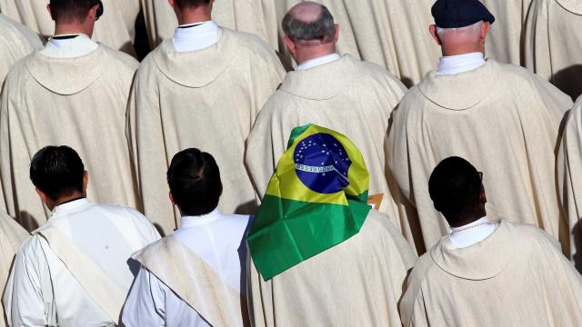 Papa torna santos os primeiros 30 mártires do Brasil