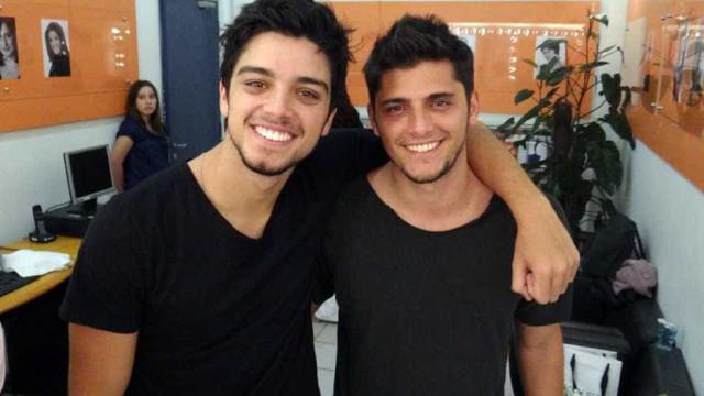 Rodrigo Simas e Bruno Gissonifarão novela juntos