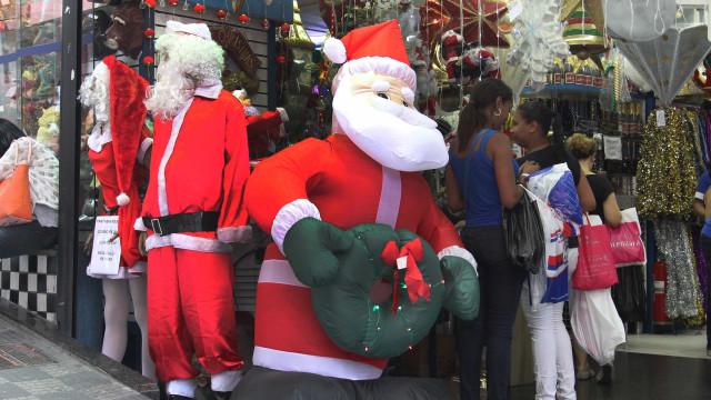 Rua 25 de Março já se prepara para vendas de Natal