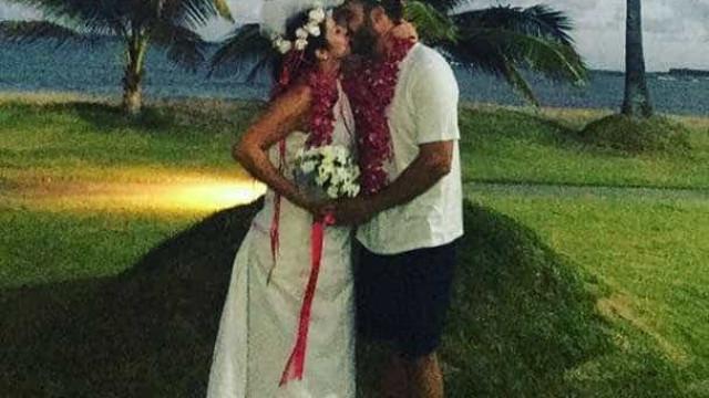 Jornalista da Globo viaja com amigas, mas ganha casamento surpresa