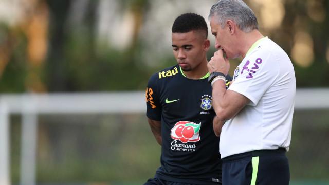 Tite convocará a seleção para amistosos na próxima sexta, confirma CBF