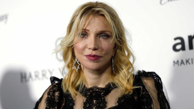 Courtney Love alertou sobre assédio sexual de Harvey Weinstein em 2005