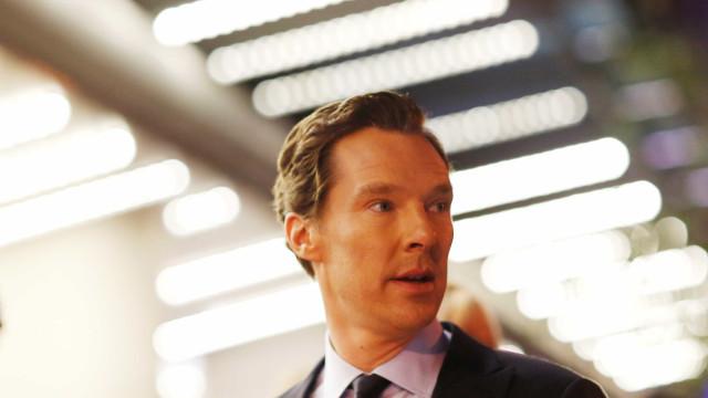 Produtora de Harvey Weinstein adia filme de Benedict Cumberbatch