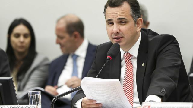 Presidente da CCJ pede prorrogação de prazo para análise da denúncia