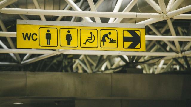 Tenente da PM é detido após filmar mulher em banheiro de shopping na BA