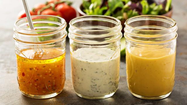 3 molhos saudáveis para substituir o tradicional vinagre com azeite