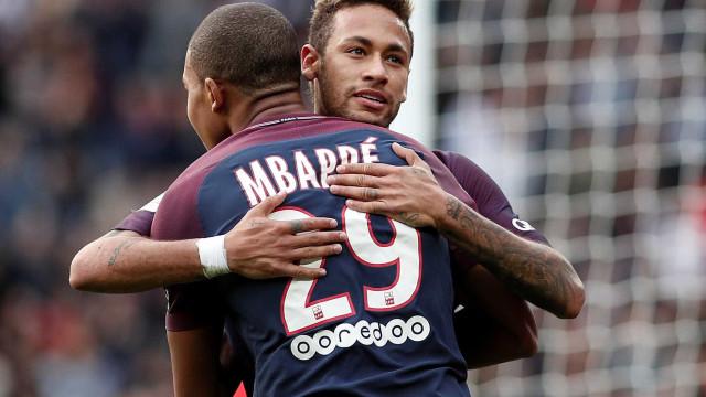 'Espero fazer por Mbappé o que Messi fez por mim', diz Neymar