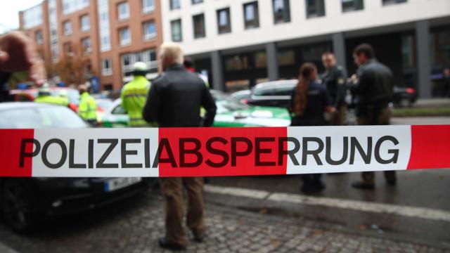 Ataque com faca em Munique deixa quatro feridos