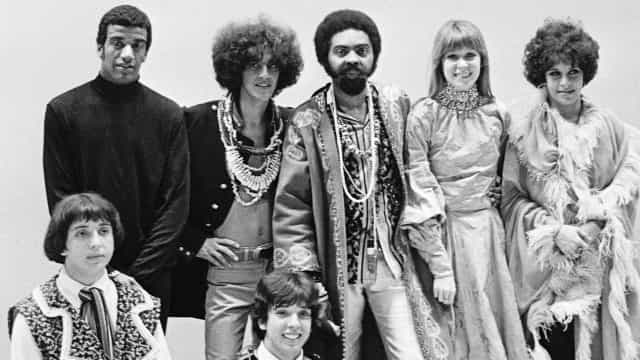 Tropicália 50 anos: o movimento que marcou a cultura nacional
