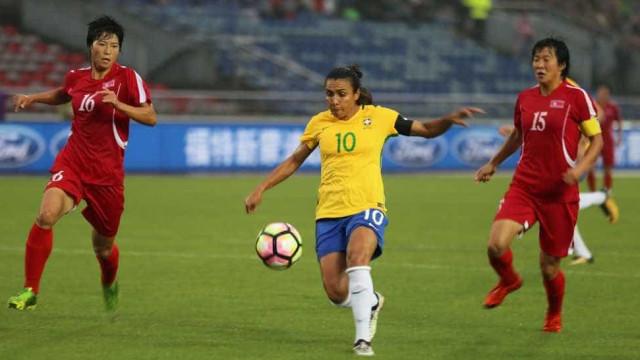 Seleção feminina vence Coreia do Norte por 2 a 0