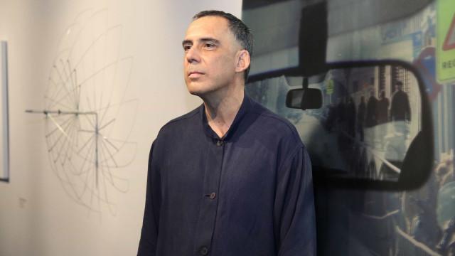 Arnaldo Antunes faz série de shows intimistas em Curitiba