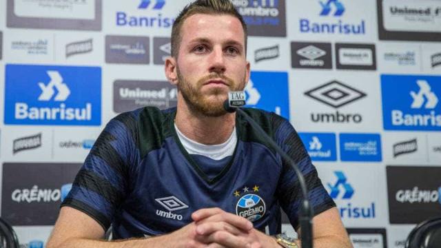 'Enquanto tivermos 1% de chance, vamos lutar', diz goleiro do Grêmio