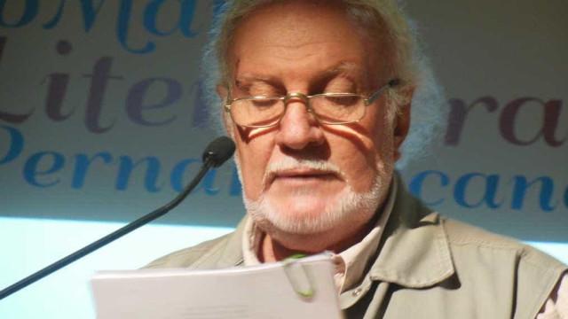 Morre aos 74 o pernambucano Marcus Accioly, ícone da poesia regional