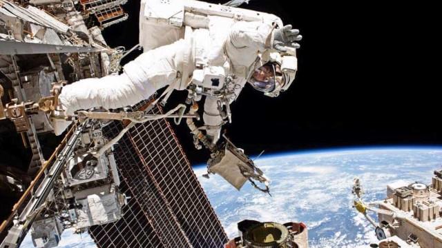 Cientistas desmentem mistério de bactérias 'ETs' em estação espacial
