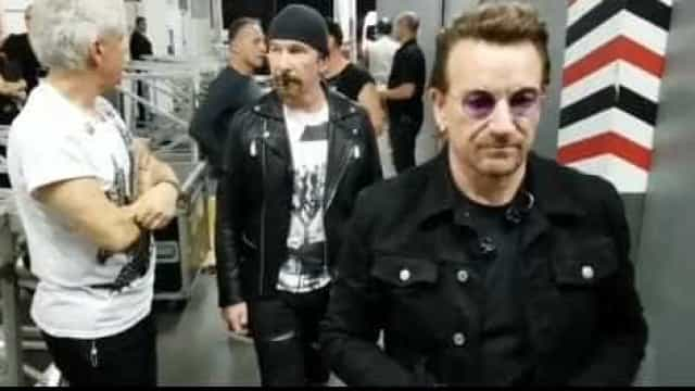 Bono Vox passeia por São Paulo com colegas da U2; veja vídeos