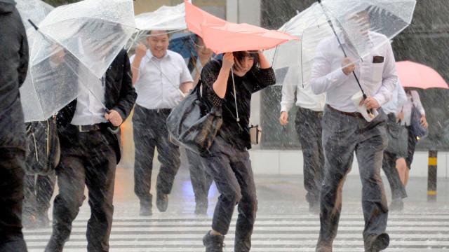Super tufão deve causar US$25 bi em prejuízos no Japão