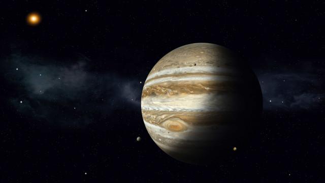 Nasa encontra planeta que 'desafia todas as expectativas'