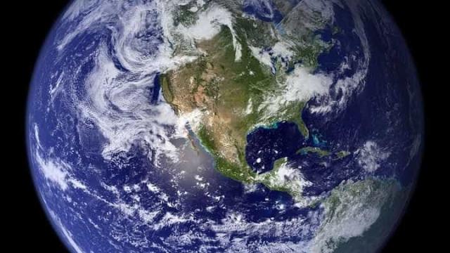 Empresa italiana promove mostra com imagens do Brasil do espaço