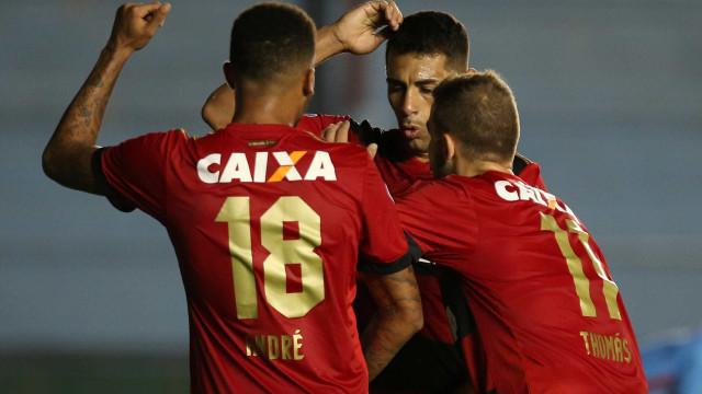 Chapecoense e Sport se enfrentam em luta contra rebaixamento