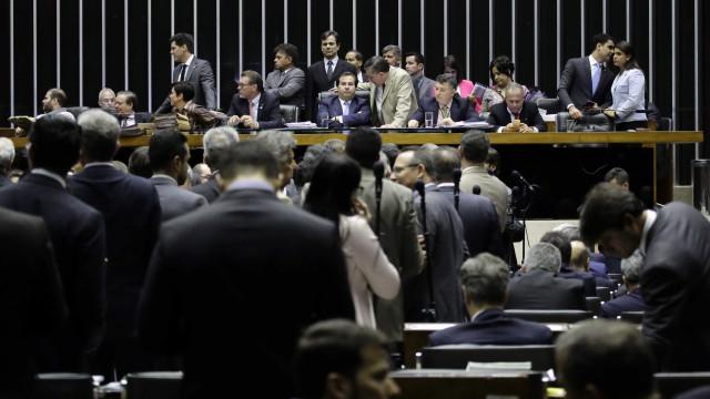 10 deputados mudaram de posicionamento na 2ª denúncia contra Temer