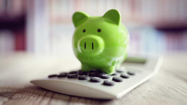 4 dicas para se organizar financeiramente e economizar
