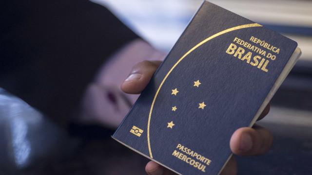 Pedido de passaporte terá menos documentos a partir de dezembro