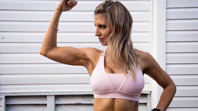 Flacidez dos braços pode ser resolvida de maneira não cirúrgica