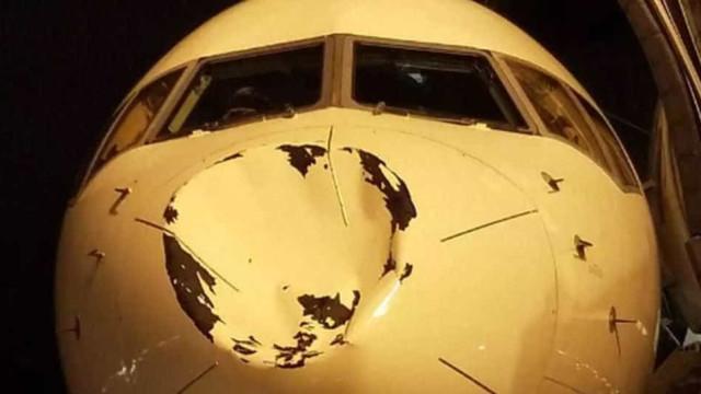 Jogadores de time da NBA tomam susto com buraco em avião