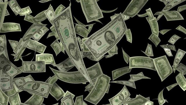 Brasileiros têm cerca de meio trilhão de dólares declarados no exterior