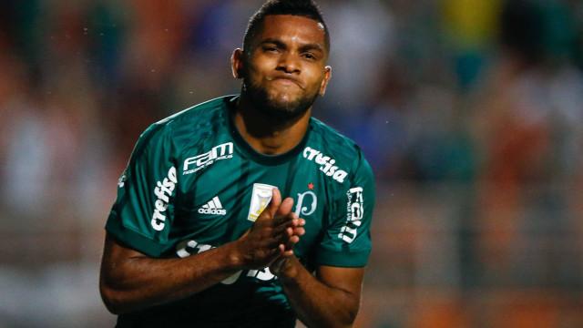Na briga pelo título, Palmeiras enfrenta o Cruzeiro nesta segunda