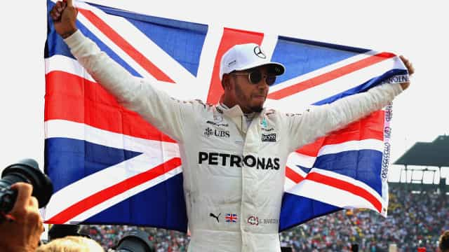 Hamilton supera Senna e se iguala a Vettel e Prost em títulos na F-1