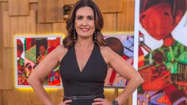Após assumir namoro, Fátima é elogiada no Encontro: 'Que fase'