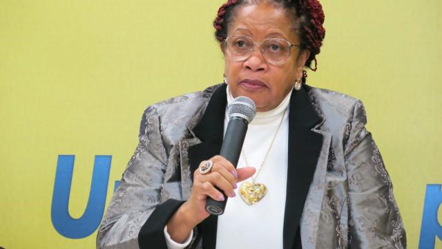 Após citar escravidão, ministra desiste de pedir salário de R$ 61 mil