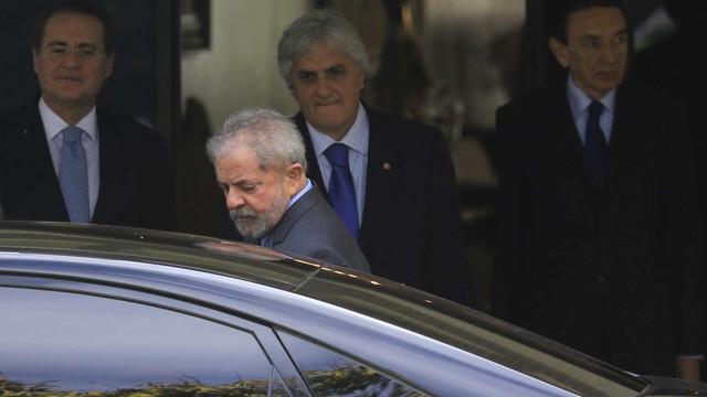 Para defensor de Lula, estratégia de prisão domiciliar era melhor opção