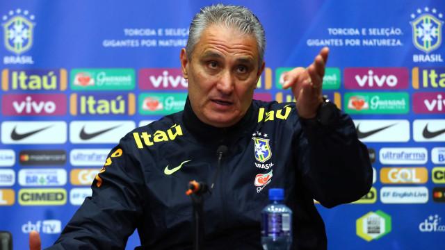 Tite visita treinamento de olho em quarteto do Grêmio para seleção