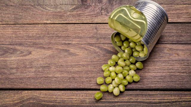 6 alimentos que não devem ser consumidos com frequência