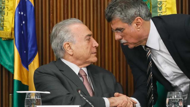Reforma ministerial atingirá 17 pastas, diz Jucá