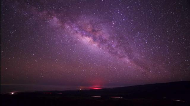 Time-lapse do céu estrelado é filmado a 2.800m de altitude