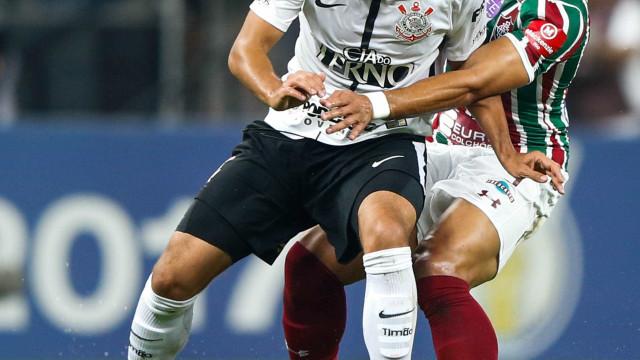 É campeão: Corinthians vence o Flu e 'proclama a República do Timão'