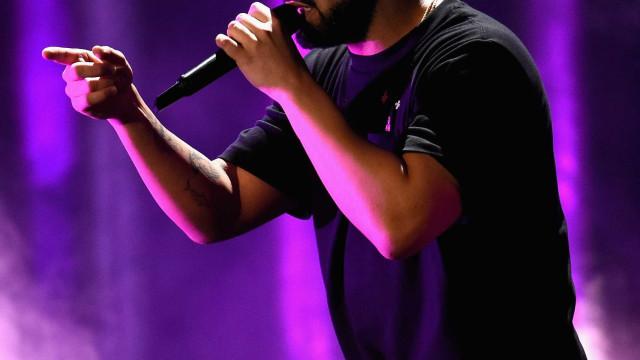 Drake chama a atenção de homem que assediava mulheres em show