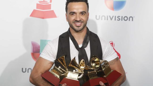 'Despacito' conquista quatro prêmios no Grammy Latino